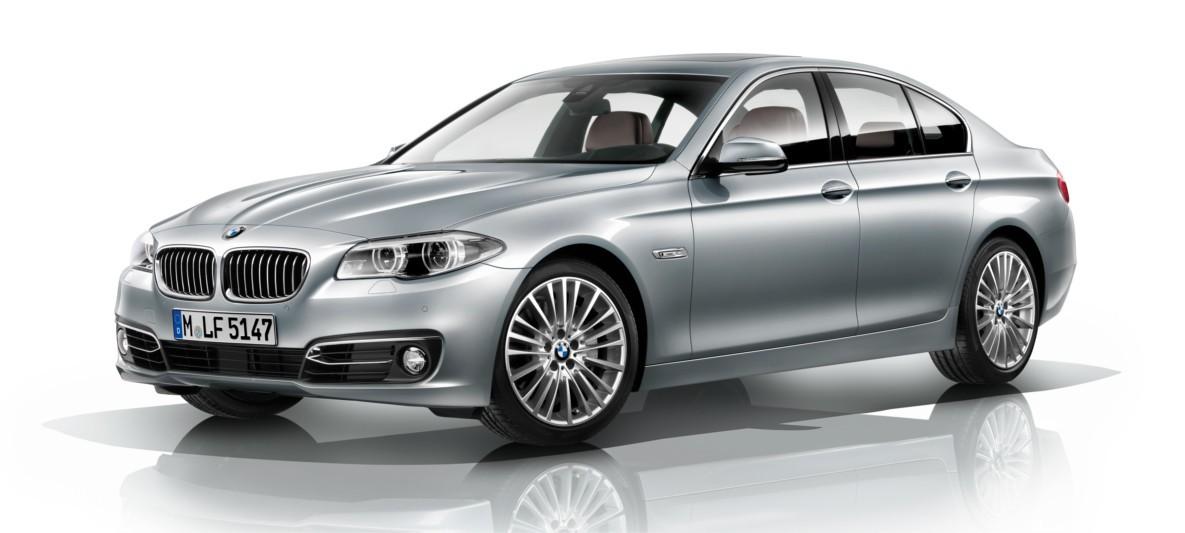 BMW 5 Series Sedan Lines Equipment