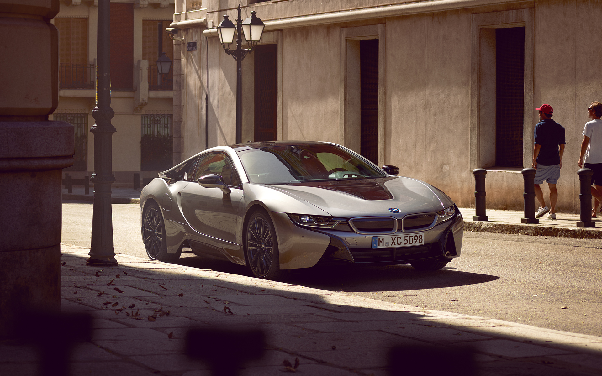 BMW i8 coupe images videos image 01